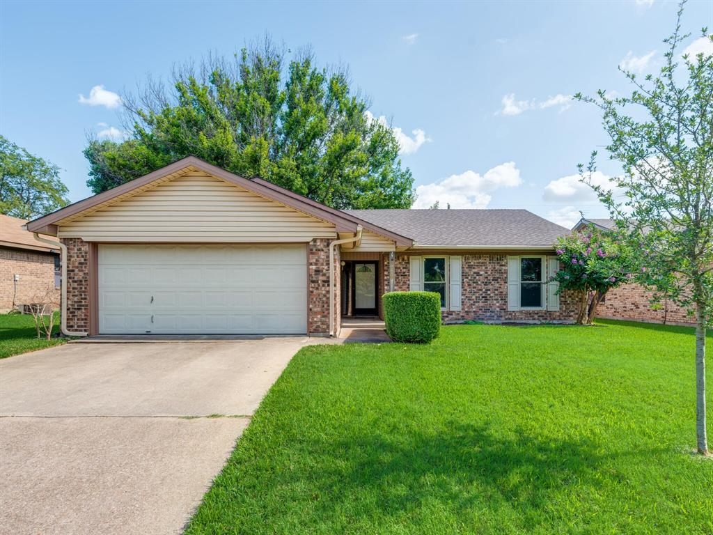 3009 Amber  Drive, Fort Worth, Texas 76133 - Acquisto Real Estate best plano realtor mike Shepherd home owners association expert