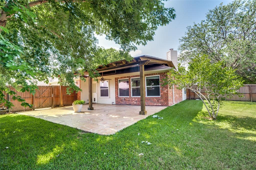 9816 Belfort  Drive, Frisco, Texas 75035 - acquisto real estate best realtor dfw jody daley liberty high school realtor