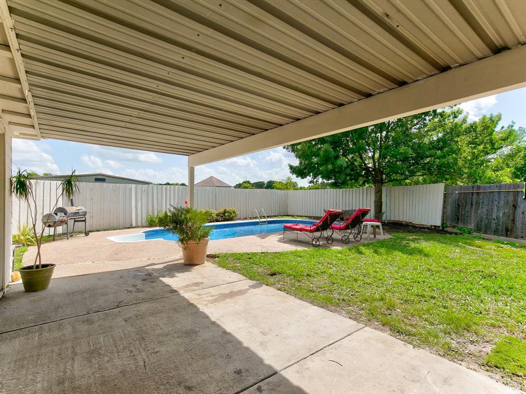 2830 Oakdale  Drive, Burleson, Texas 76028 - acquisto real estate best relocation company in america katy mcgillen