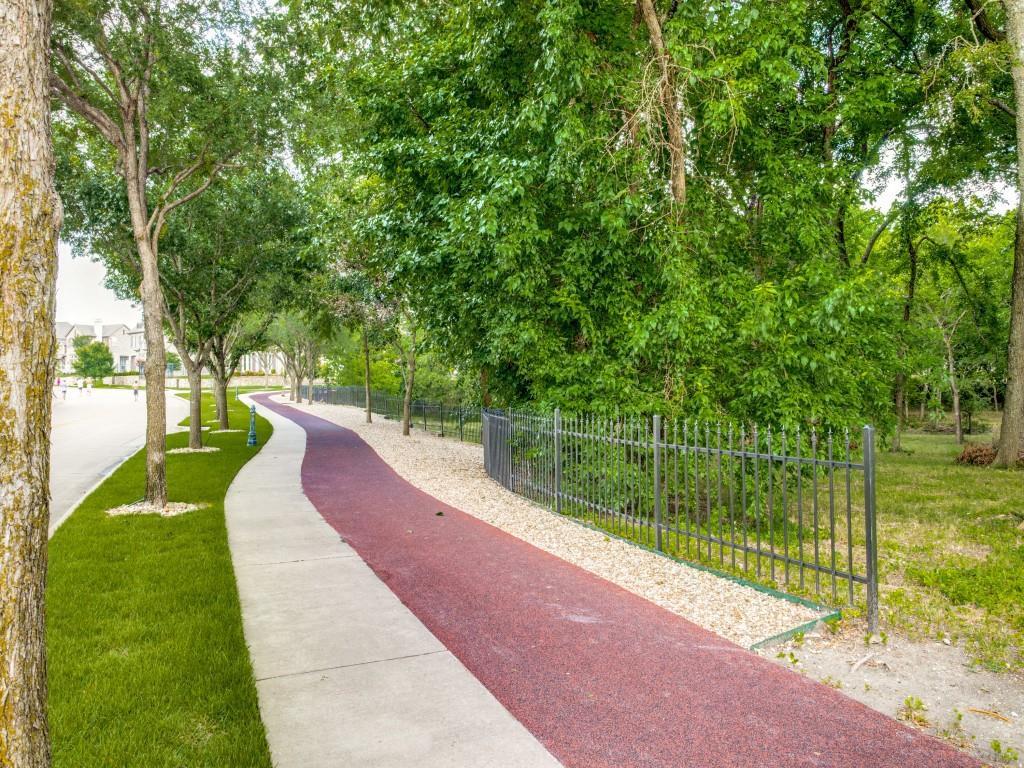 8001 Keechie  Drive, McKinney, Texas 75070 - acquisto real estate best realtor dfw jody daley liberty high school realtor