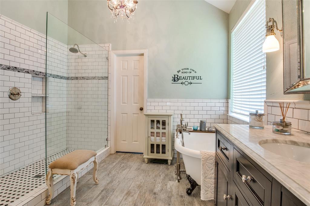 7985 Thistletree  Lane, Frisco, Texas 75033 - acquisto real estate best realtor dfw jody daley liberty high school realtor