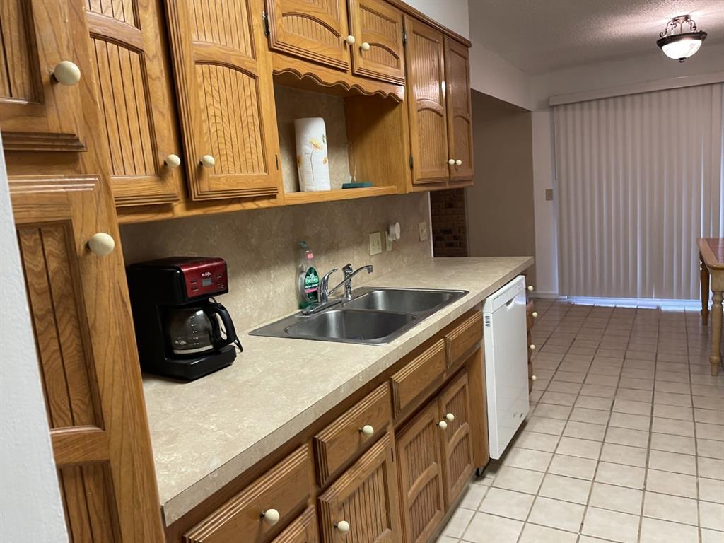 4300 Viewpark  Wichita Falls, Texas 76306 - acquisto real estate best listing listing agent in texas shana acquisto rich person realtor