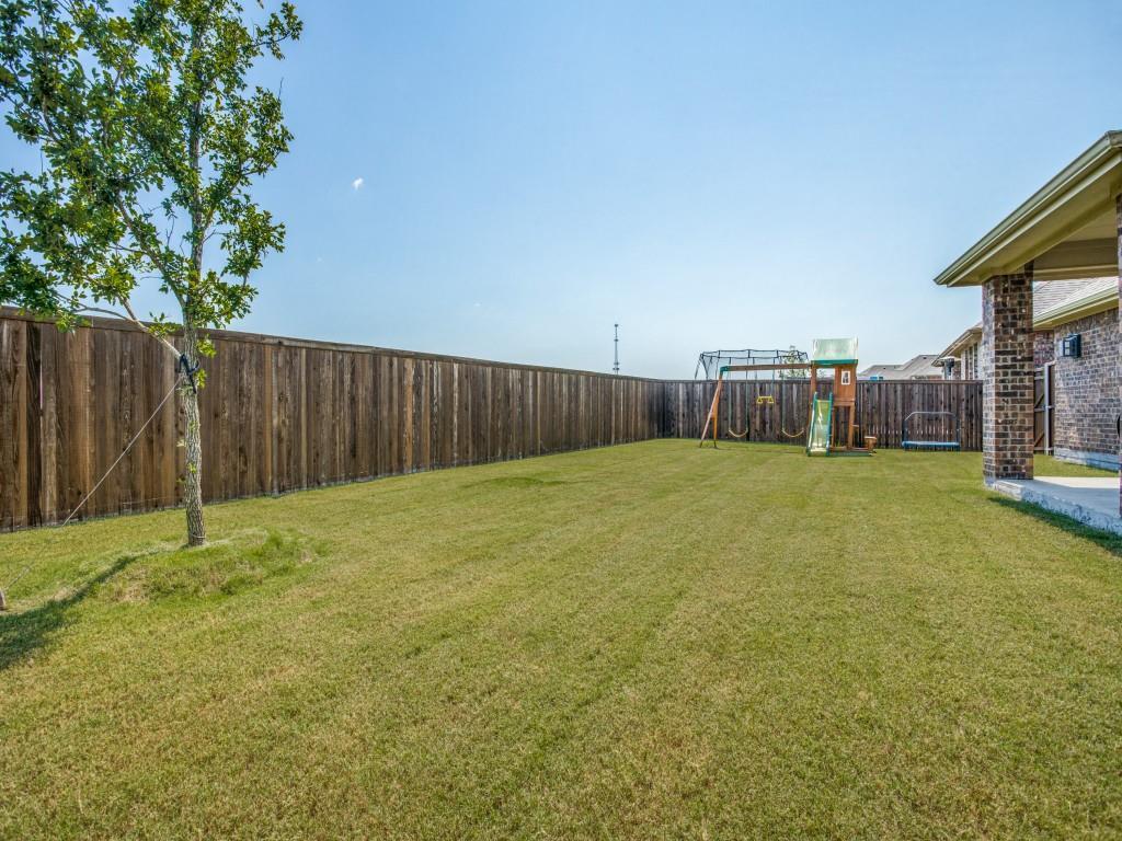 1020 Bluebird  Way, Celina, Texas 75009 - acquisto real estate best frisco real estate agent amy gasperini panther creek realtor