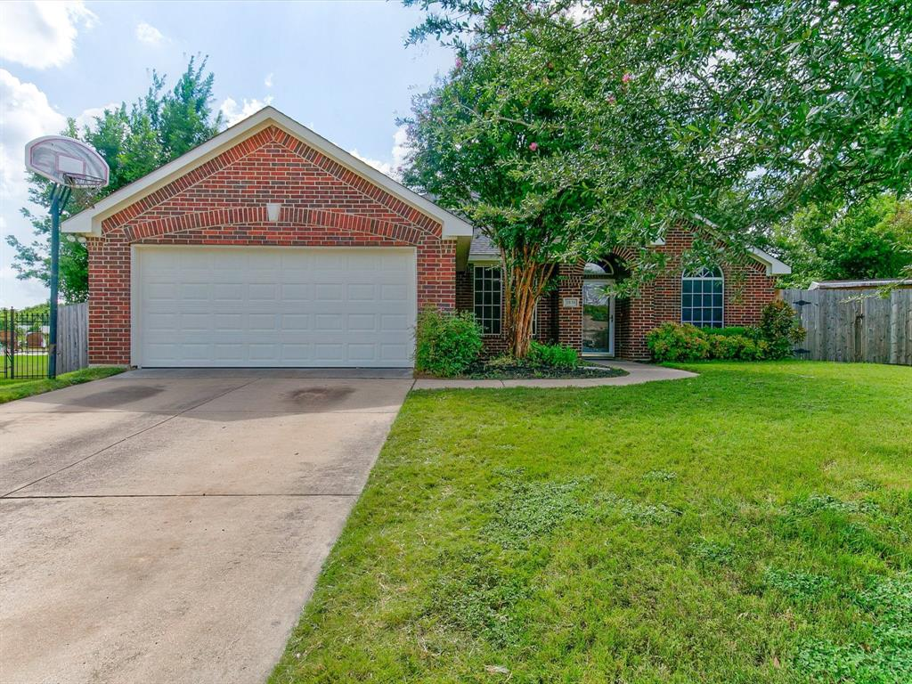 2830 Oakdale  Drive, Burleson, Texas 76028 - Acquisto Real Estate best plano realtor mike Shepherd home owners association expert