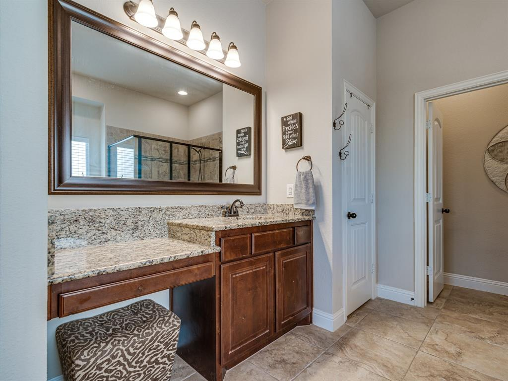 409 Hillstone  Drive, Midlothian, Texas 76065 - acquisto real estate best negotiating realtor linda miller declutter realtor