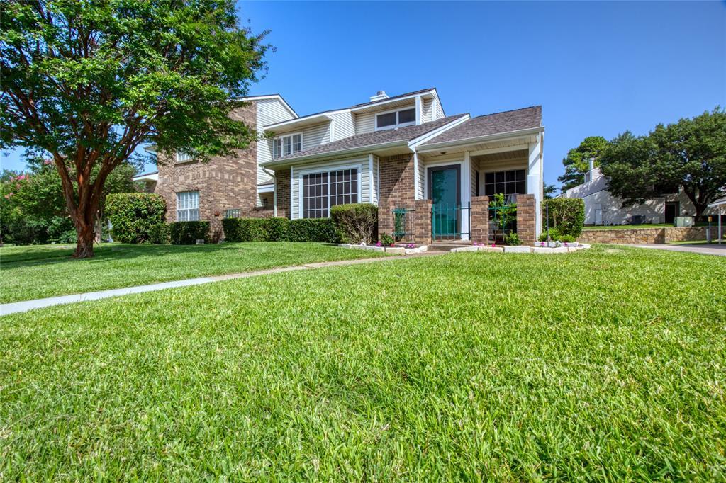 719 Creekwood  Court, Lewisville, Texas 75067 - acquisto real estate best relocation company in america katy mcgillen