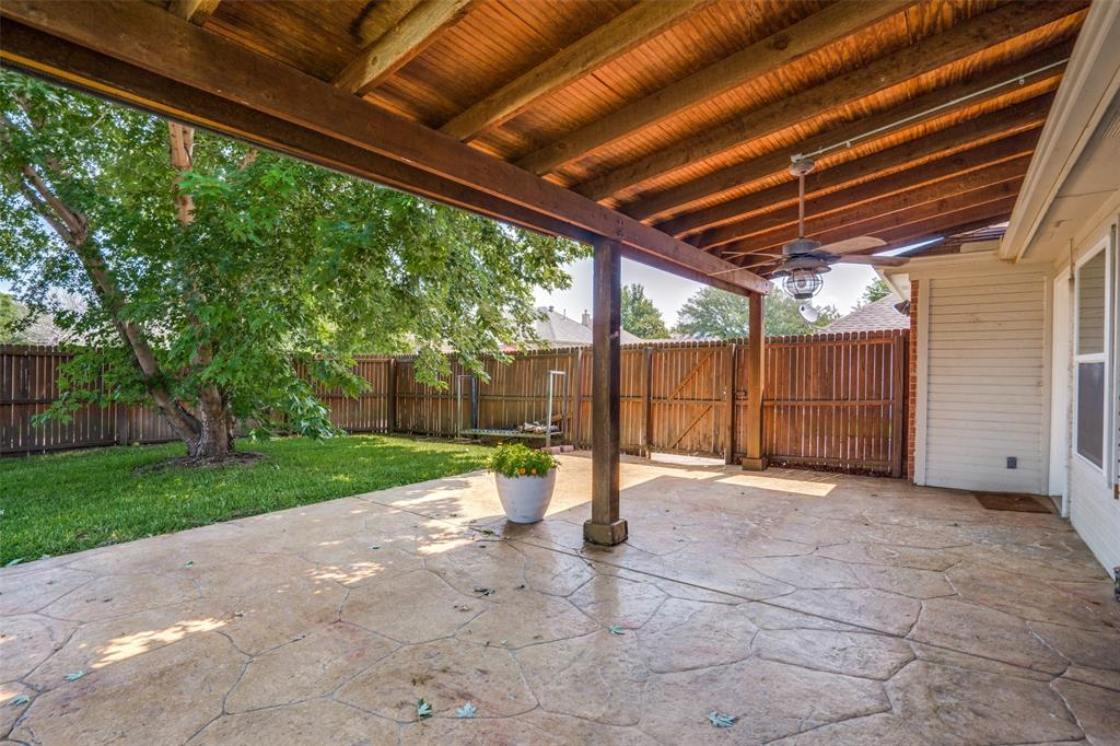 9816 Belfort  Drive, Frisco, Texas 75035 - acquisto real estate best realtor foreclosure real estate mike shepeherd walnut grove realtor