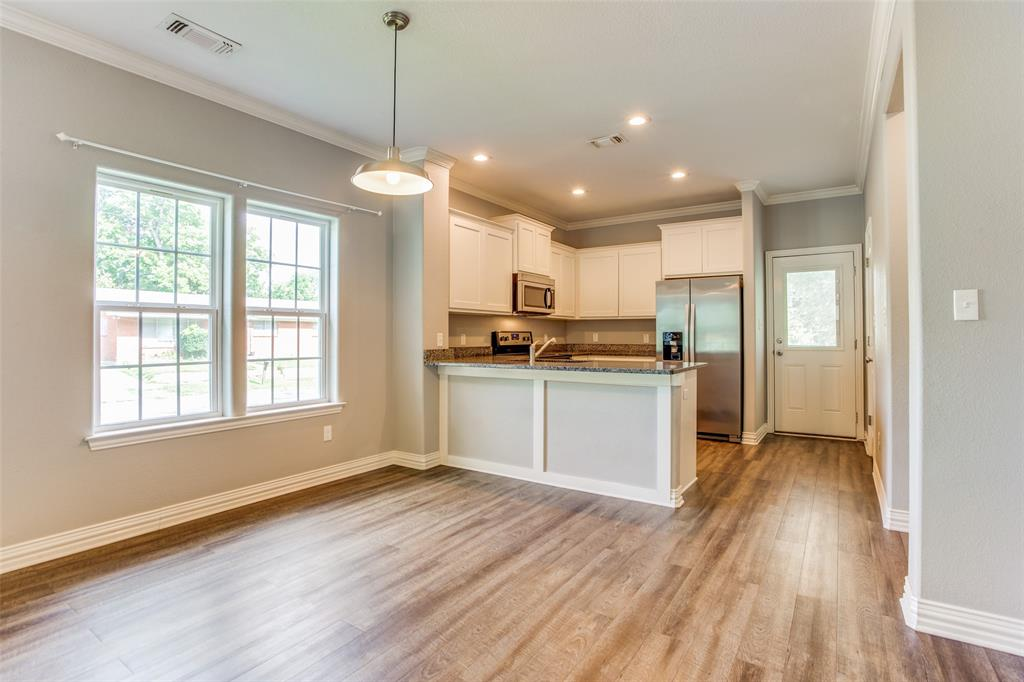 600 Johnson  Street, Denison, Texas 75020 - acquisto real estate best highland park realtor amy gasperini fast real estate service