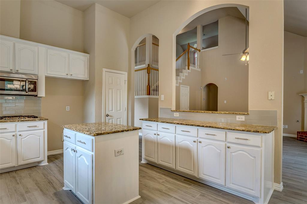 420 Misty  Lane, Lewisville, Texas 75067 - acquisto real estaet best boutique real estate firm in texas for high net worth sellers
