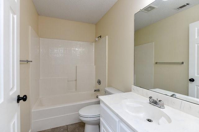 1304 Azalea  Lane, Waxahachie, Texas 75165 - acquisto real estate best investor home specialist mike shepherd relocation expert
