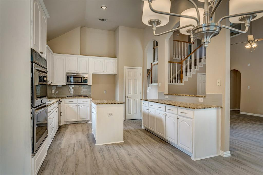 420 Misty  Lane, Lewisville, Texas 75067 - acquisto real estate best frisco real estate broker in texas for high net worth buyers