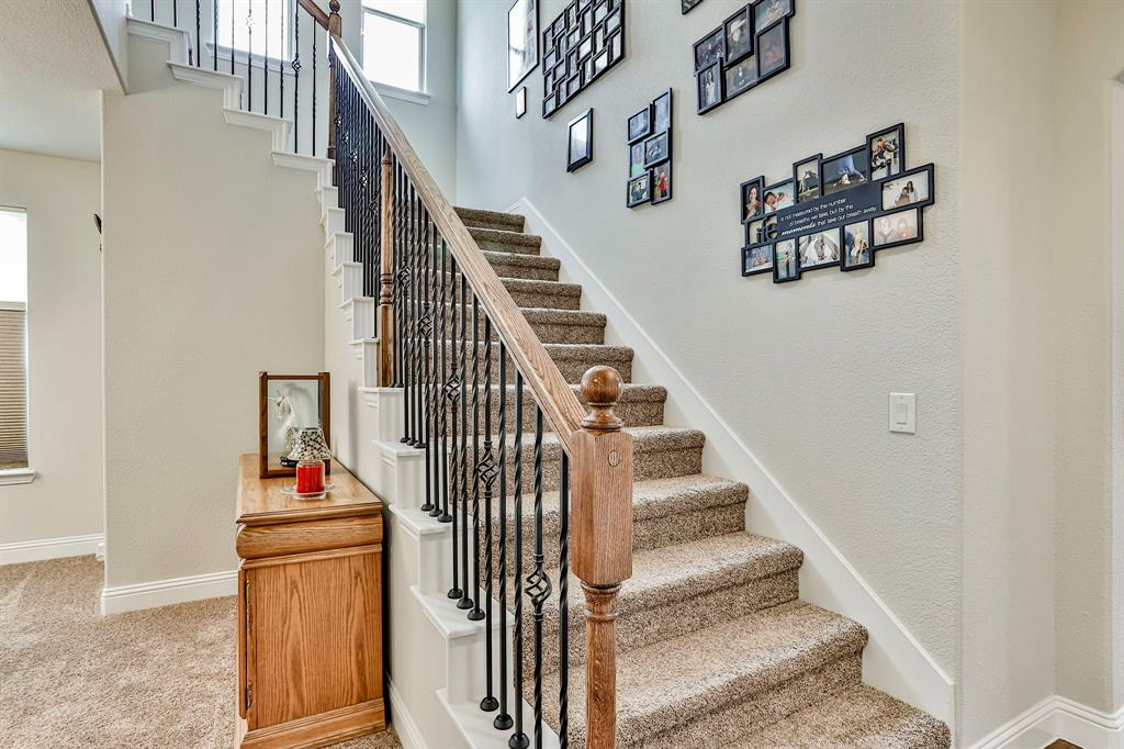 537 Tierra Vista  Way, Fort Worth, Texas 76131 - acquisto real estate best flower mound realtor jody daley lake highalands agent of the year