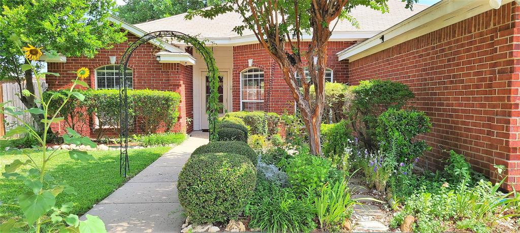 329 Willowstone  Trail, Saginaw, Texas 76179 - acquisto real estate best the colony realtor linda miller the bridges real estate