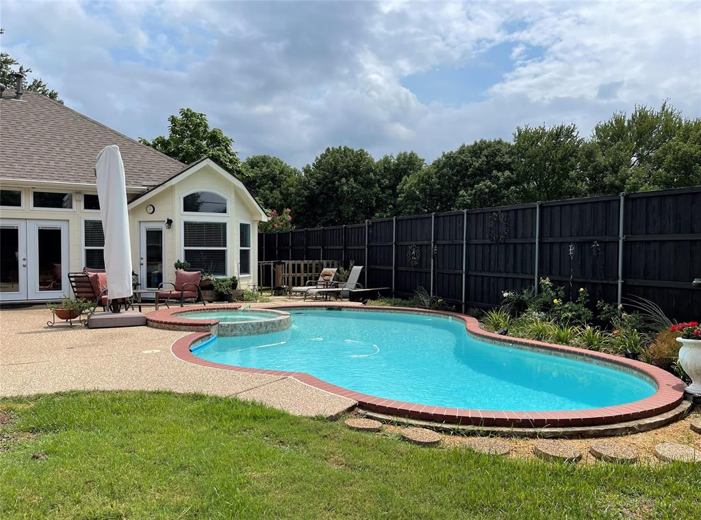 901 Hemingway  Court, Allen, Texas 75002 - acquisto real estate best prosper realtor susan cancemi windfarms realtor