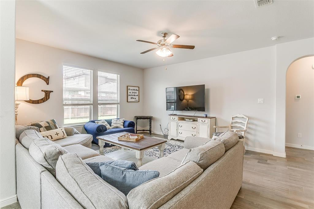 841 Doe Meadow  Drive, Fort Worth, Texas 76028 - acquisto real estate best prosper realtor susan cancemi windfarms realtor