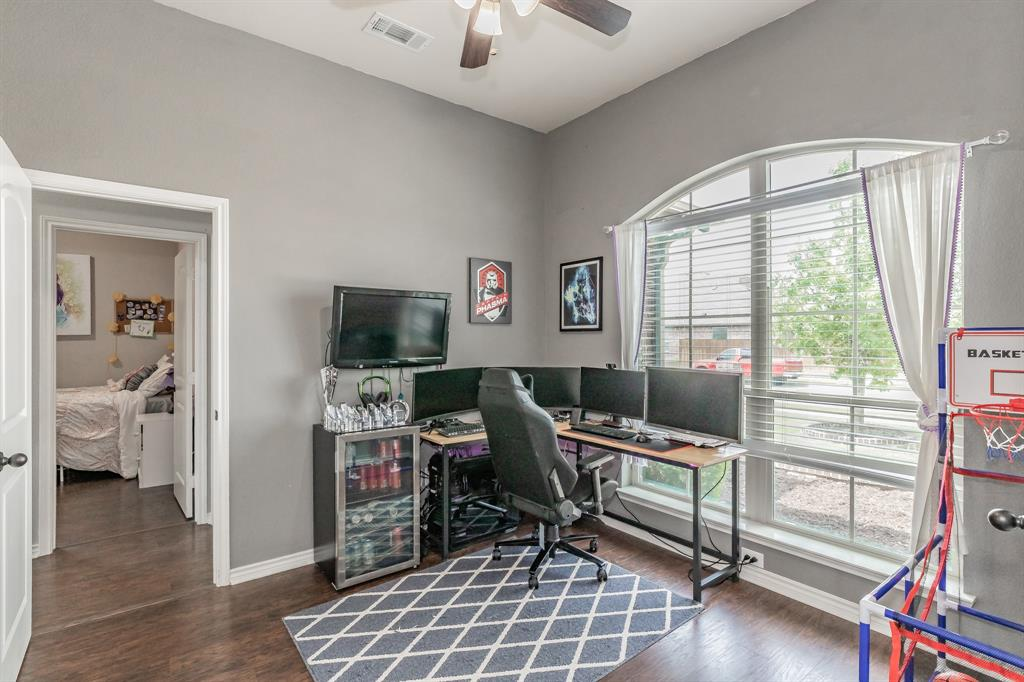 1204 Lantana  Lane, Burleson, Texas 76028 - acquisto real estate best the colony realtor linda miller the bridges real estate