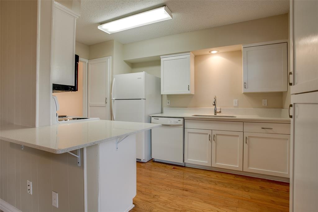 430 Sandy  Trail, Richardson, Texas 75080 - acquisto real estate best designer and realtor hannah ewing kind realtor