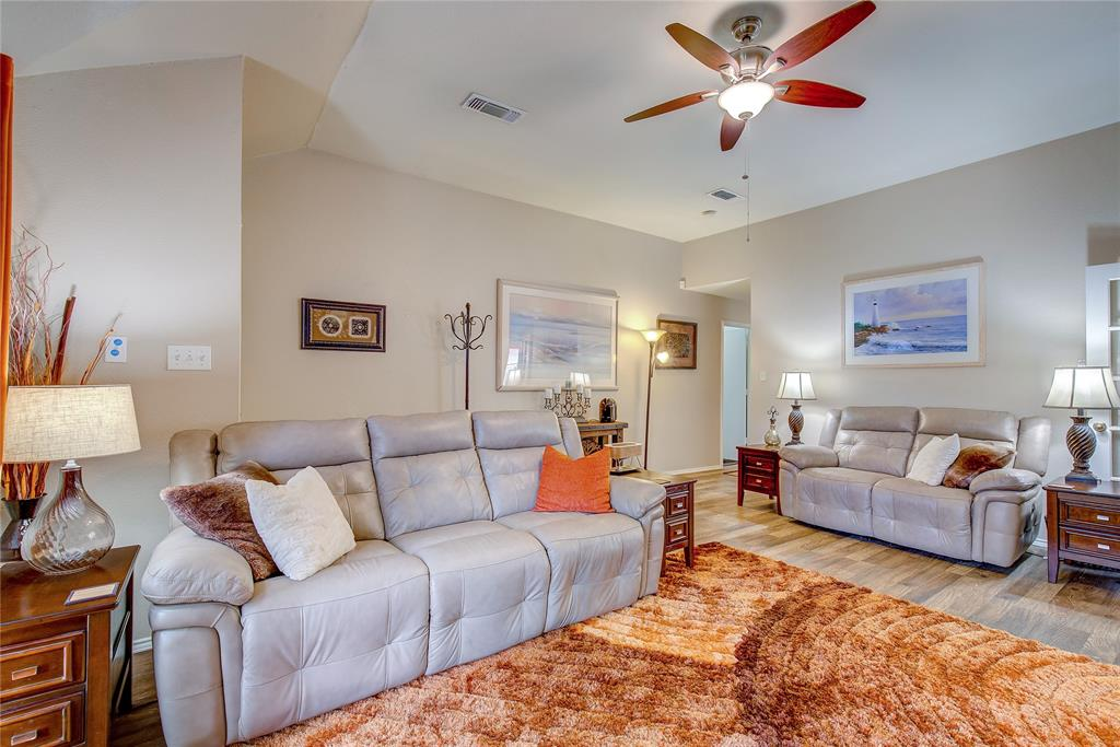 3005 Scenic Glen  Drive, Mansfield, Texas 76063 - acquisto real estate best celina realtor logan lawrence best dressed realtor