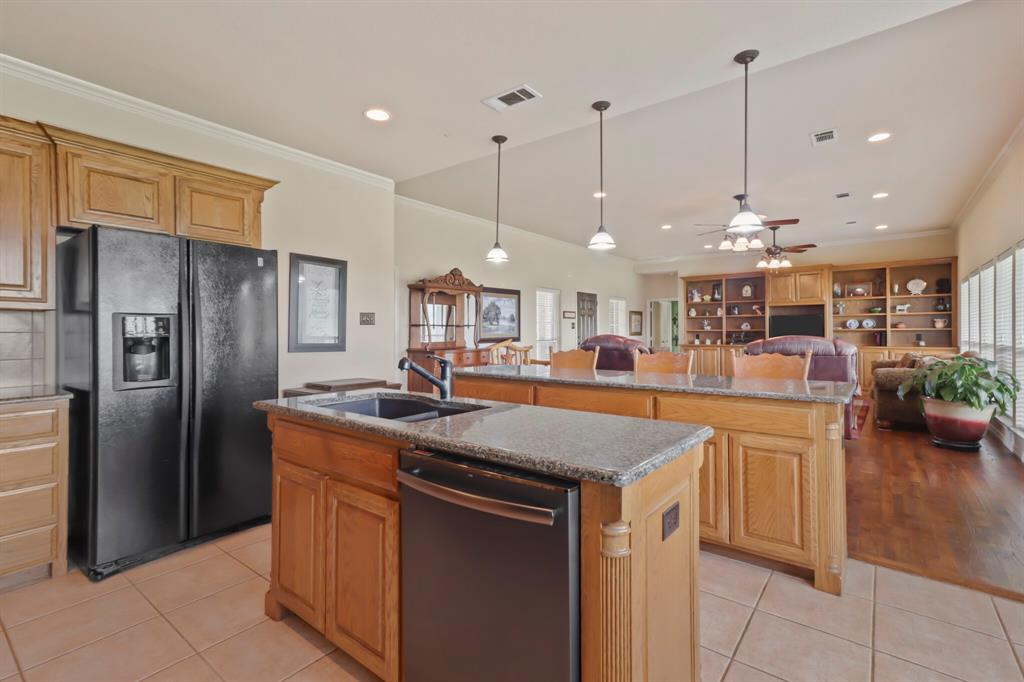 4760 Bonnie Brae  Street, Denton, Texas 76207 - acquisto real estate best real estate company to work for