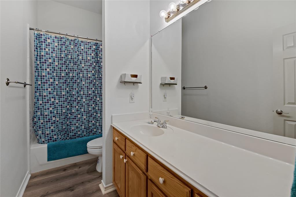 905 Canterbury  Drive, Saginaw, Texas 76179 - acquisto real estate best realtor foreclosure real estate mike shepeherd walnut grove realtor
