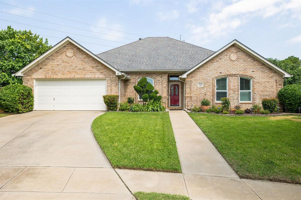 2701 Cedar Springs  Court, Bedford, Texas 76021 - acquisto real estate best real estate idx dilusso marketing mike acquisto