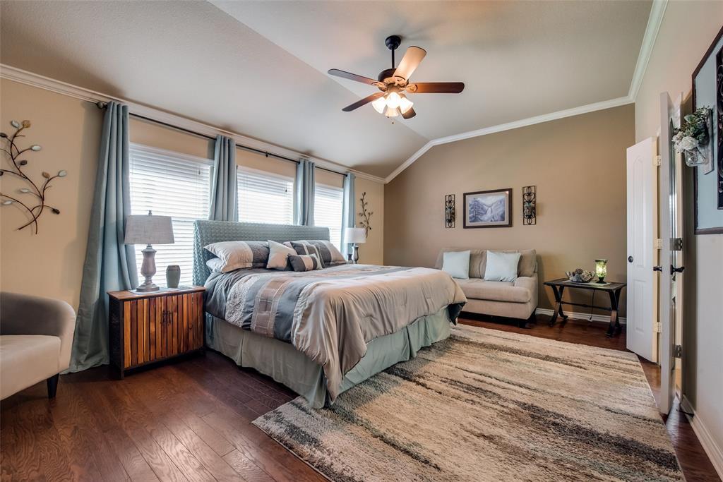 5709 Eagle Mountain  Drive, Denton, Texas 76226 - acquisto real estate best luxury buyers agent in texas shana acquisto inheritance realtor