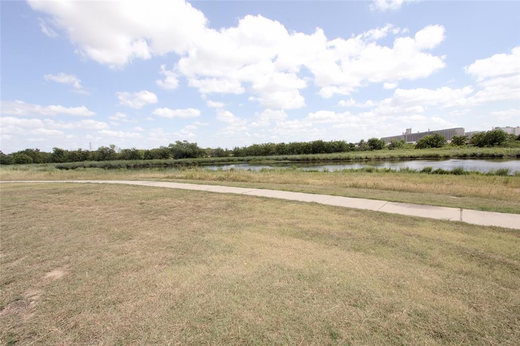 621 Sparrow  Drive, Saginaw, Texas 76131 - acquisto real estate mvp award real estate logan lawrence