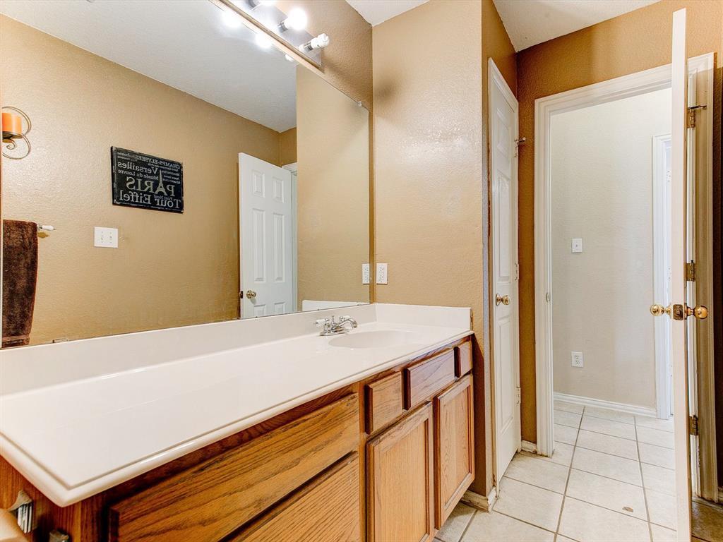 2830 Oakdale  Drive, Burleson, Texas 76028 - acquisto real estate best negotiating realtor linda miller declutter realtor