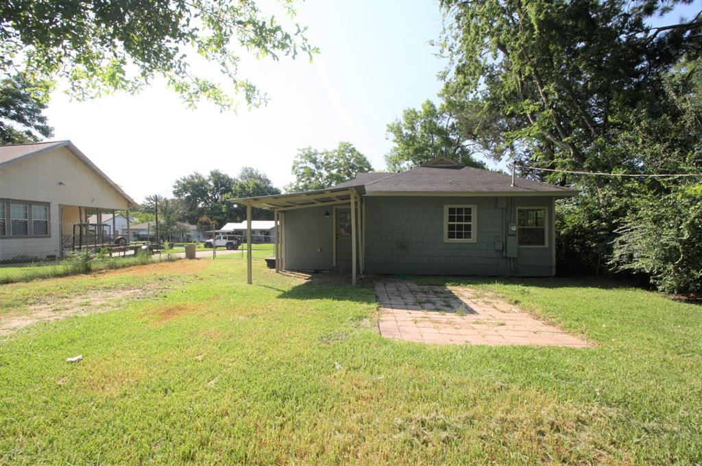 107 Westvue  Street, Terrell, Texas 75160 - acquisto real estate best frisco real estate broker in texas for high net worth buyers