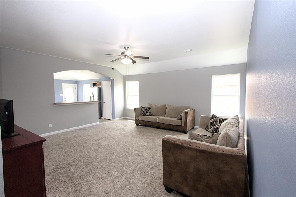 621 Sparrow  Drive, Saginaw, Texas 76131 - acquisto real estate best realtor westlake susan cancemi kind realtor of the year