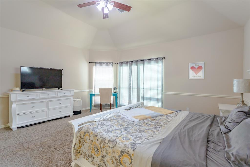 6133 Sunrise Lake  Drive, Fort Worth, Texas 76179 - acquisto real estaet best boutique real estate firm in texas for high net worth sellers