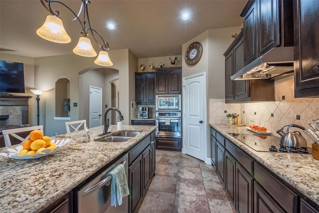 5617 Iceberg  Court, Midlothian, Texas 76065 - acquisto real estate best listing agent in the nation shana acquisto estate realtor