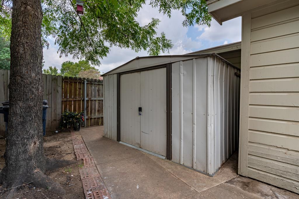 3116 Wesley  Street, Fort Worth, Texas 76111 - acquisto real estate best realtor westlake susan cancemi kind realtor of the year