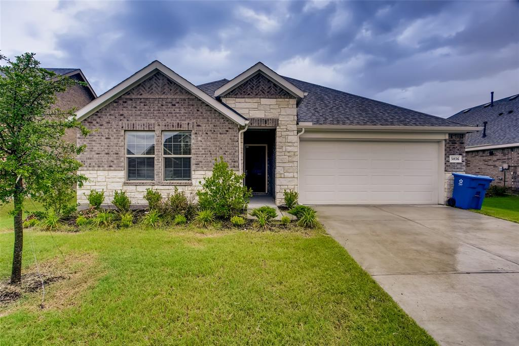 5836 Melville  Lane, Forney, Texas 75126 - Acquisto Real Estate best plano realtor mike Shepherd home owners association expert