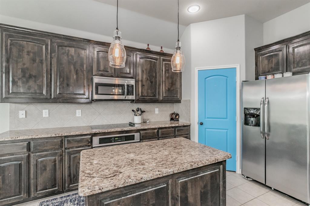 1204 Lantana  Lane, Burleson, Texas 76028 - acquisto real estate best highland park realtor amy gasperini fast real estate service