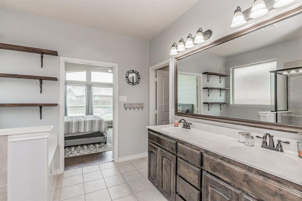 1204 Lantana  Lane, Burleson, Texas 76028 - acquisto real estate best realtor dfw jody daley liberty high school realtor