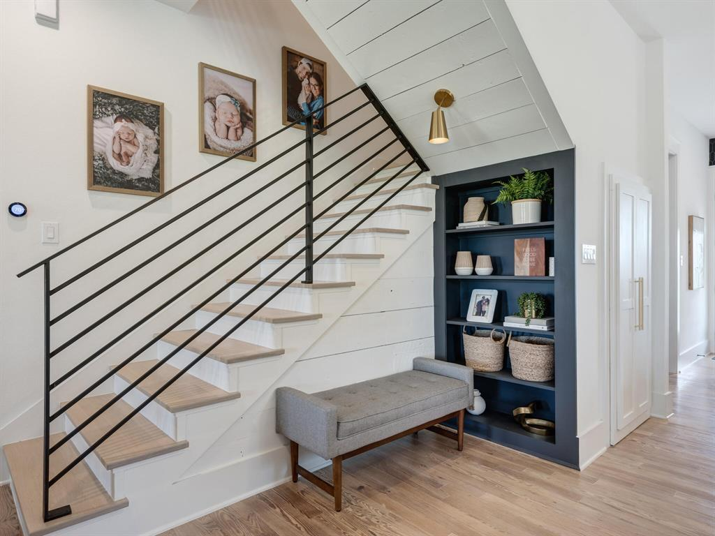 901 Debbie  Lane, Pilot Point, Texas 76258 - acquisto real estate best luxury buyers agent in texas shana acquisto inheritance realtor