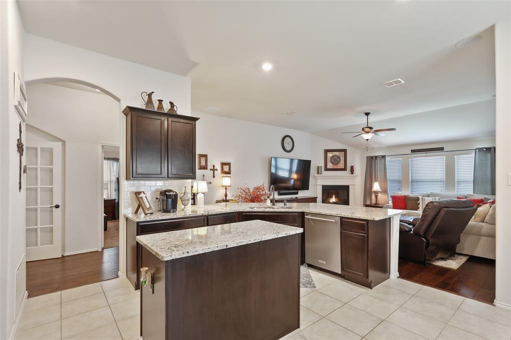 14632 Sundog  Way, Fort Worth, Texas 76052 - acquisto real estate best celina realtor logan lawrence best dressed realtor