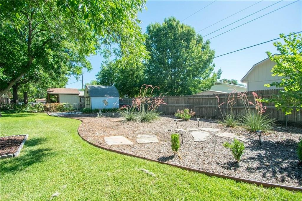 1111 Johnson  Street, Benbrook, Texas 76126 - acquisto real estate best the colony realtor linda miller the bridges real estate
