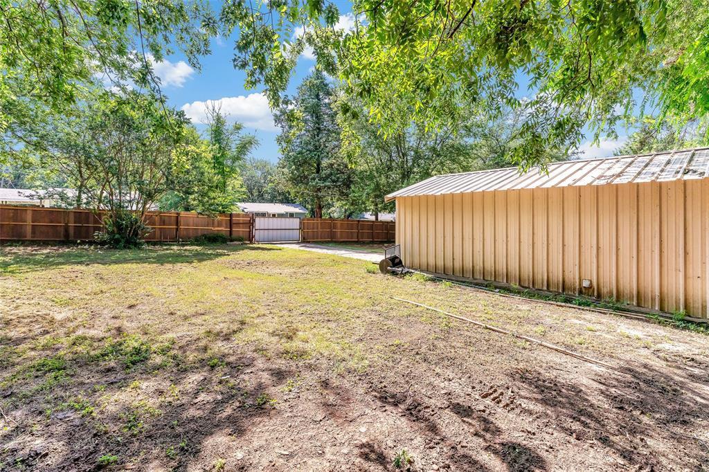 617 Alfred  Drive, Azle, Texas 76020 - acquisto real estate best looking realtor in america shana acquisto