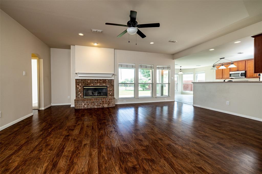 5108 Brookside  Drive, Denton, Texas 76226 - acquisto real estate best highland park realtor amy gasperini fast real estate service