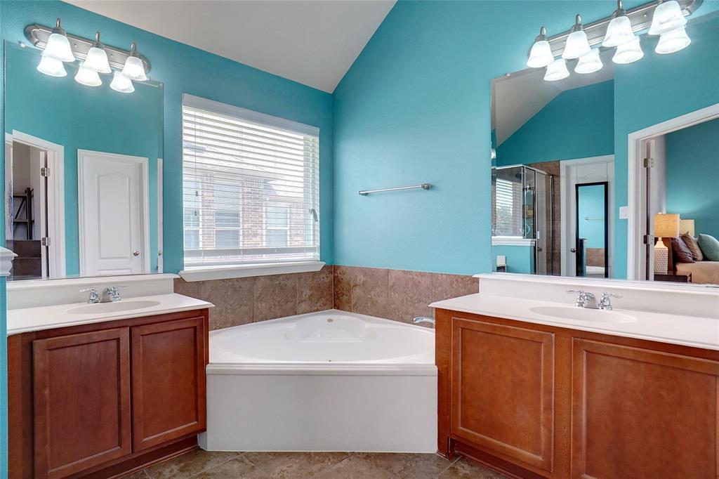 4013 Bonita  Avenue, Denton, Texas 76210 - acquisto real estate best frisco real estate broker in texas for high net worth buyers