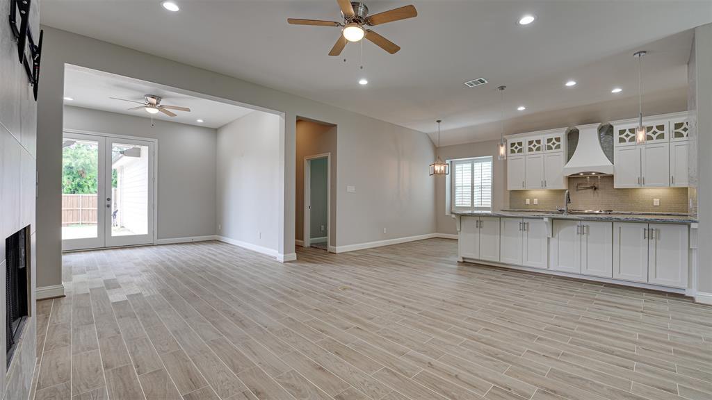 8206 Chesham  Drive, Rowlett, Texas 75088 - acquisto real estate best celina realtor logan lawrence best dressed realtor