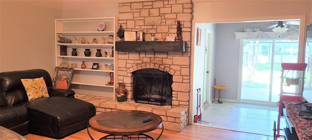 6912 Stewarts Oaks  Court, Granbury, Texas 76049 - acquisto real estate best the colony realtor linda miller the bridges real estate