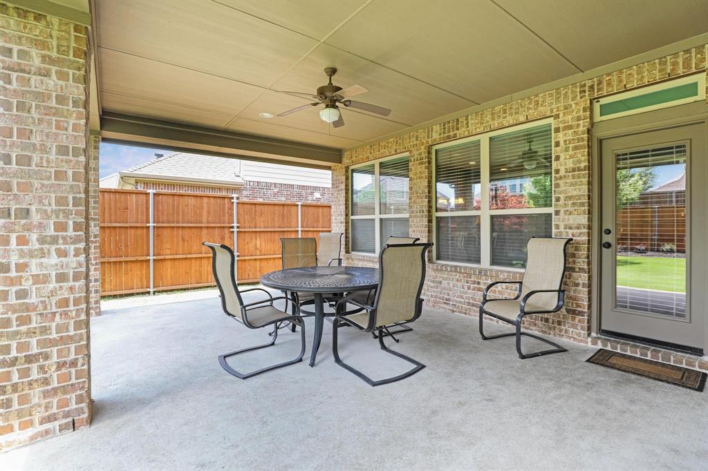 801 Quiet Oak  Lane, Prosper, Texas 75078 - acquisto real estate best realtor foreclosure real estate mike shepeherd walnut grove realtor