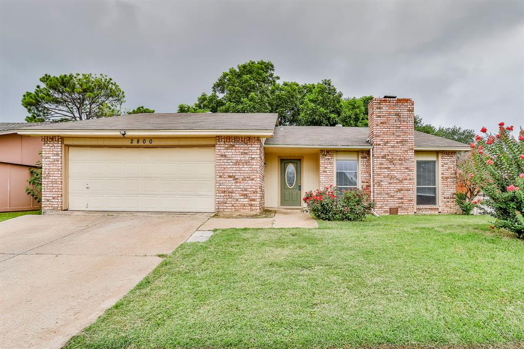 2800 Treeview  Drive, Arlington, Texas 76016 - Acquisto Real Estate best plano realtor mike Shepherd home owners association expert