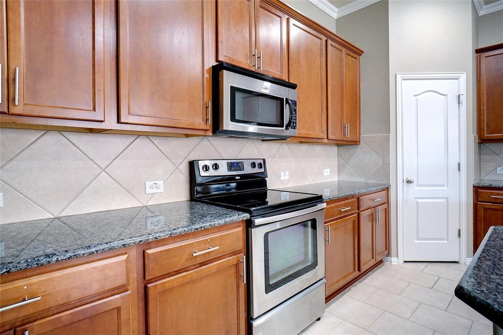 4013 Bonita  Avenue, Denton, Texas 76210 - acquisto real estate best listing listing agent in texas shana acquisto rich person realtor