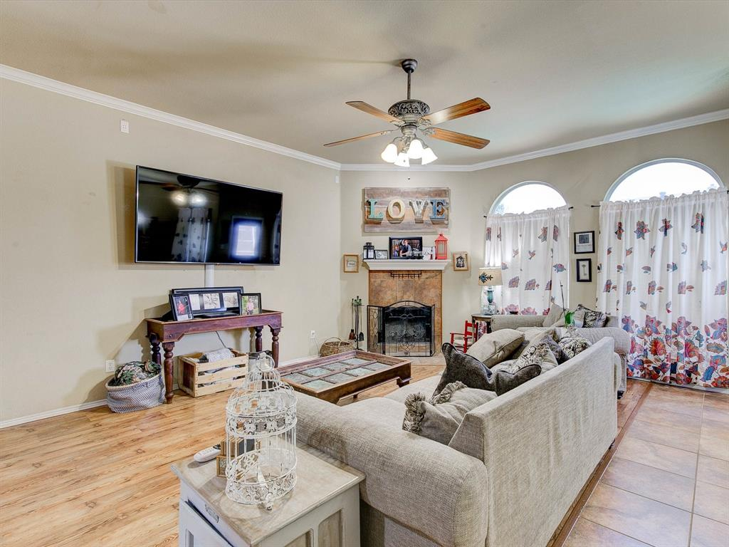2973 Lakeview  Circle, Burleson, Texas 76028 - acquisto real estate best flower mound realtor jody daley lake highalands agent of the year