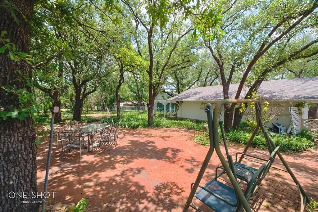 307 Hillcrest  Avenue, Eastland, Texas 76448 - acquisto real estate best relocation company in america katy mcgillen