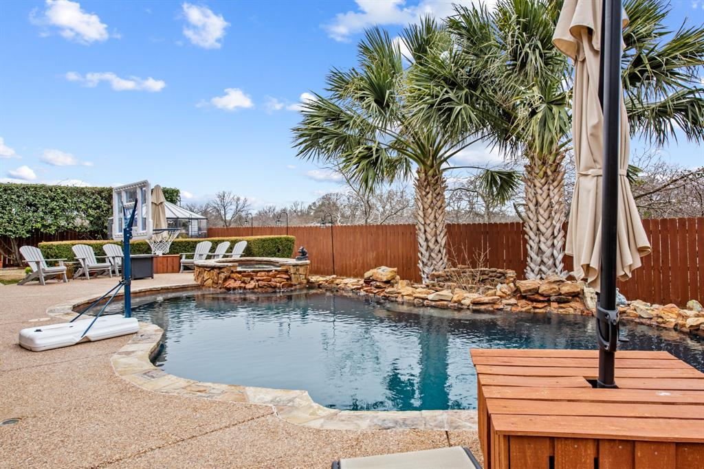 7709 Grace  Drive, North Richland Hills, Texas 76182 - acquisto real estate best park cities realtor kim miller best staging agent